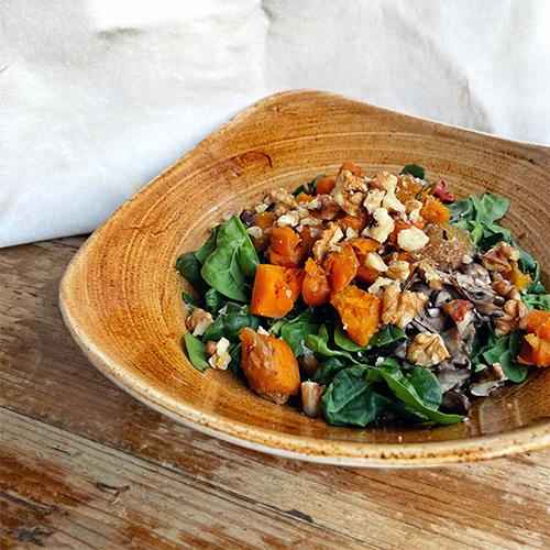 Ensalada dulce de quinoa y frutos secos
